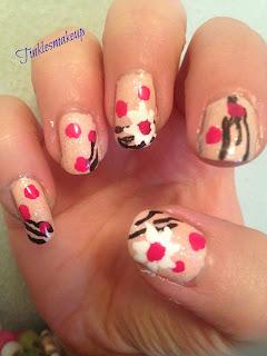 pink_pois_nail_art