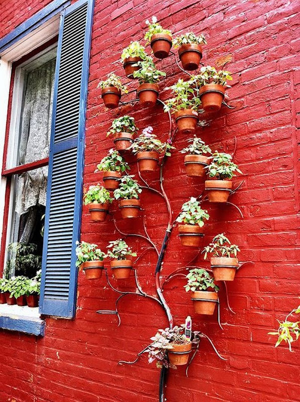 Pretty cool idea : tree wall planter