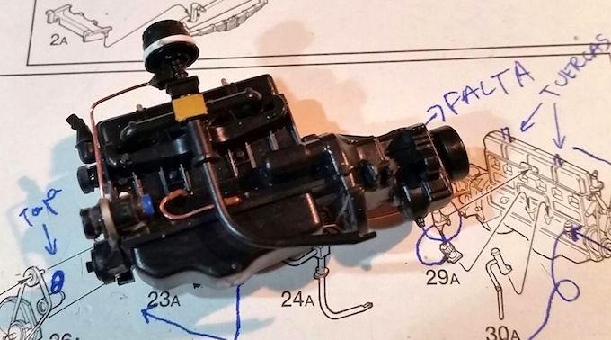 Opel Blitz TLF 3.6 Firetruck (Italeri 1:24) Opel-blitz-motor-italeri-paso-1c