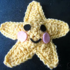 http://translate.google.es/translate?hl=es&sl=en&tl=es&u=http%3A%2F%2Fhereinthewaitingplace.blogspot.co.il%2F2011%2F05%2Fcrocheted-starfish.html%3Fm%3D1