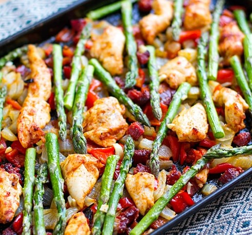 Roasted Chicken Chorizo & Asparagus #dietmeal #dinnerhealthy