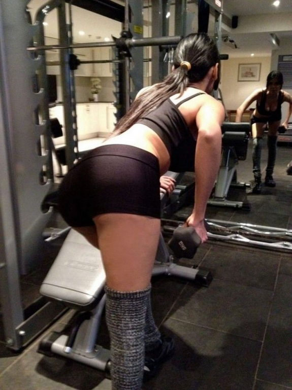 Sherlyn chopra latest gym pics