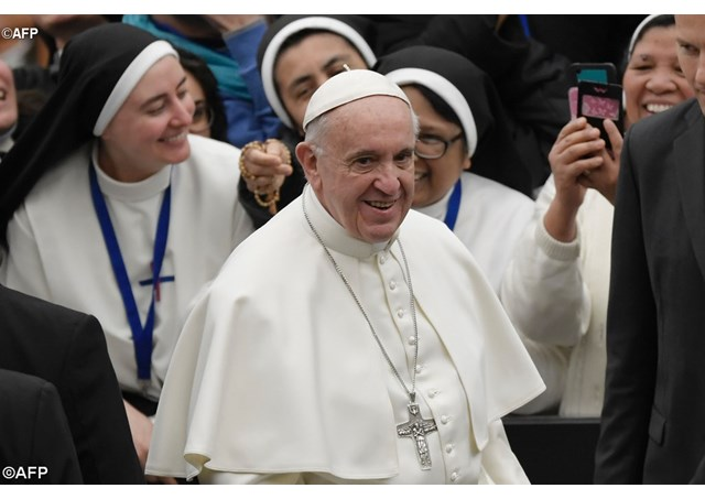 Catholic News World : Pope Francis brings 8 People Closer to