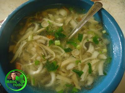 Sup (Gomyang) Jamur Suung Yang Enak sudah siap.... Yuk, makan selagi hangat... Hehehe