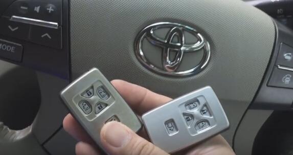 besoin de 2 télécommandes