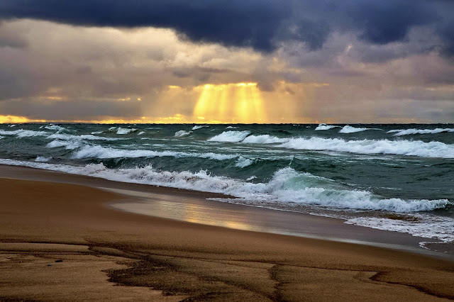 Amazing Heaven Light over National Lake superior at National Lakeshore Photography