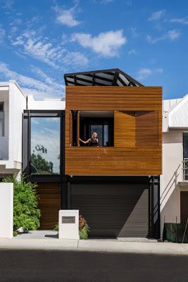 แบบบ้านหน้าแคบผนังไม้