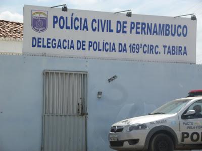 Resultado de imagem para delegacia de Policia de tabira