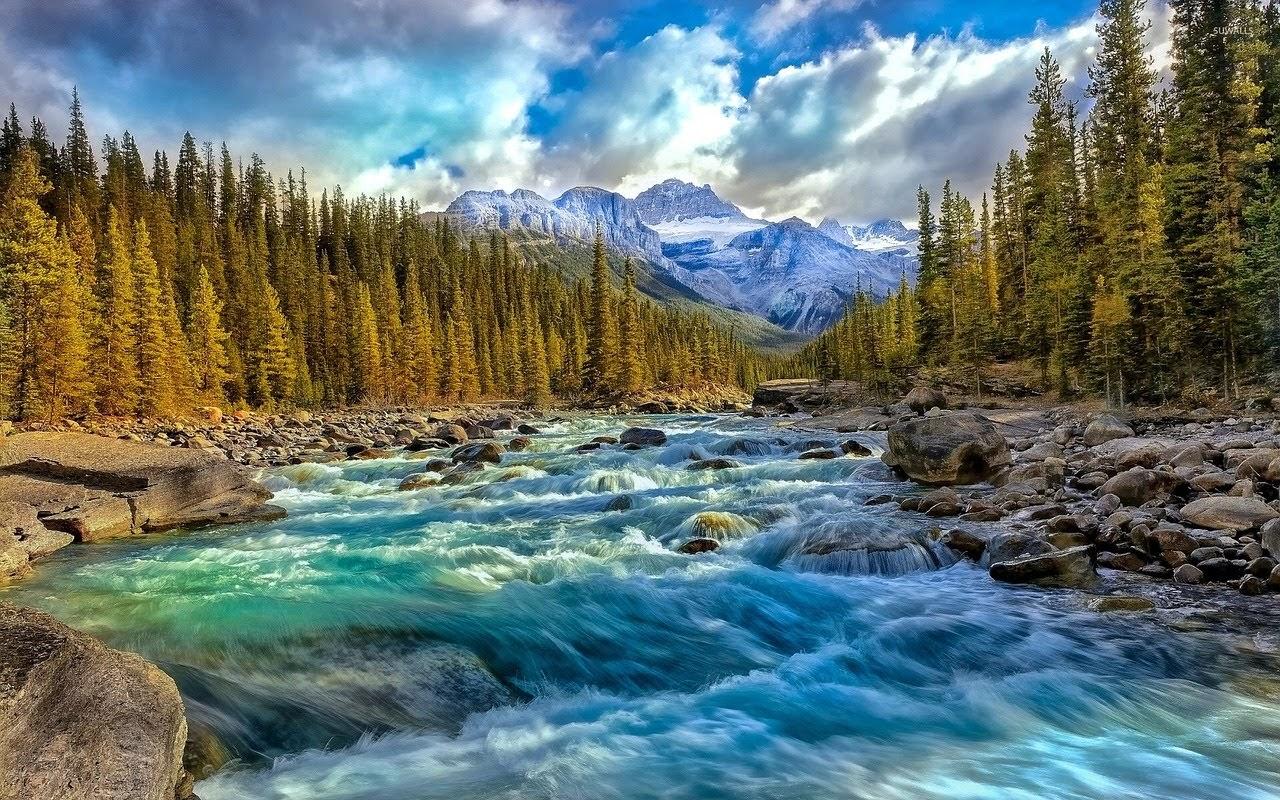 صورة الطبيعة الحقيقية: سماء، جبال، اشجار، وانهار - اجمل واحلى صور الطبيعة الجميلة والخلابة في العالم