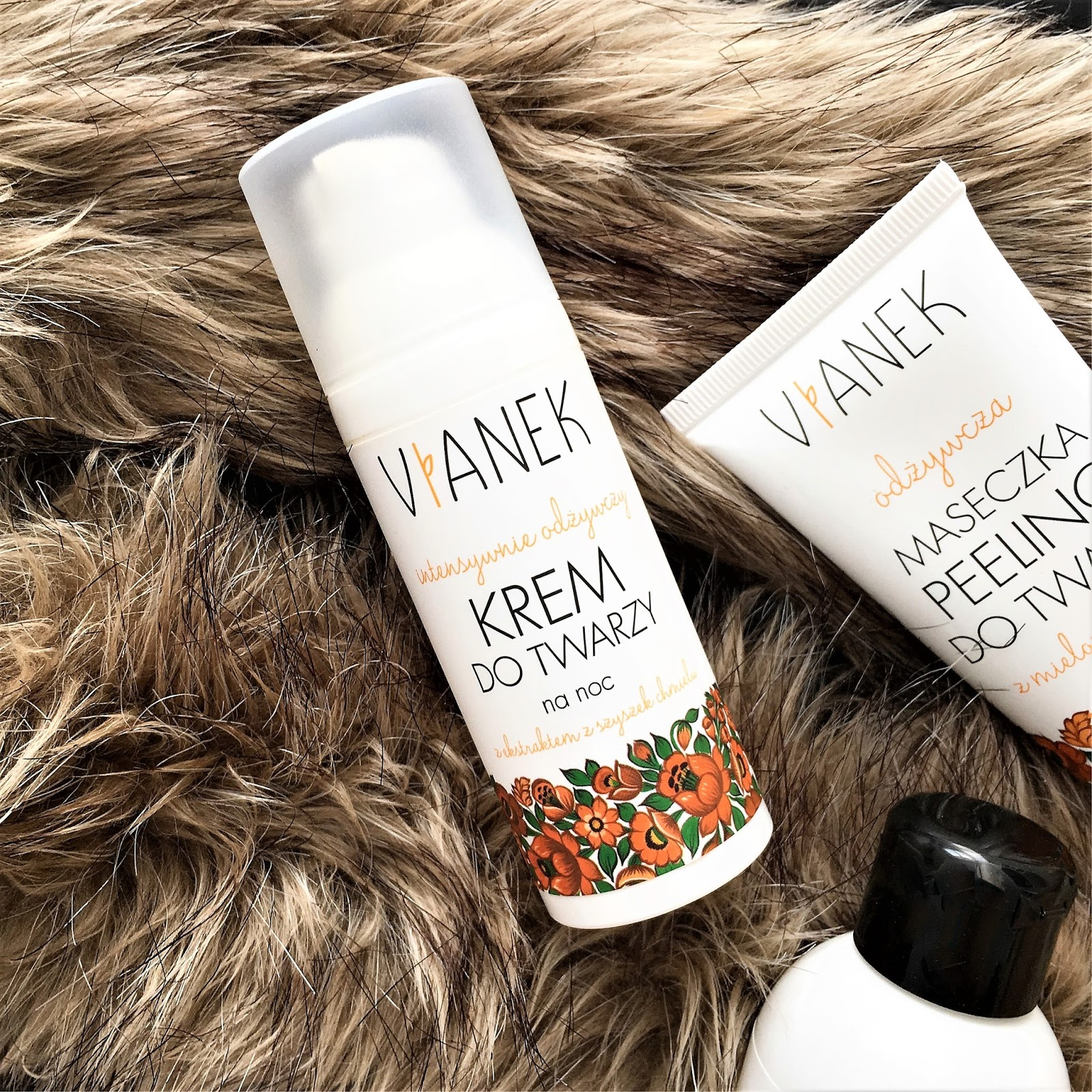 3 produkty do twarzy z Vianka z serii odżywczej: krem