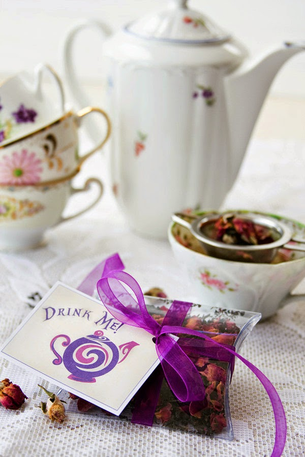 Give Warm, Taste And Scent With Tea Wedding Favors