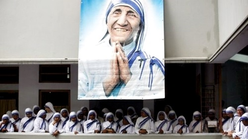 Its Official! Mother Teresa to be Made a Saint as Pope Francis Announces Date