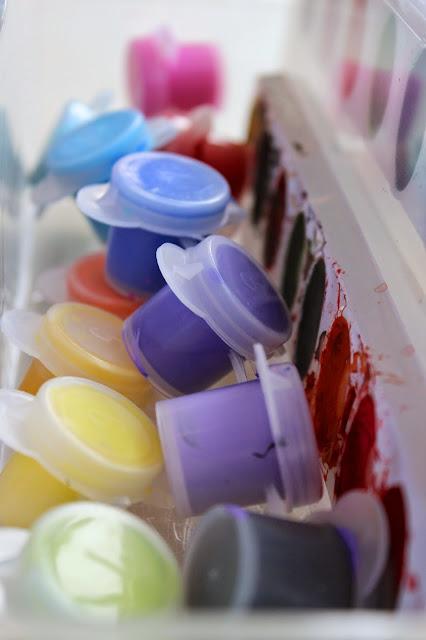 Organized paints