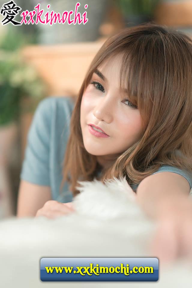 Foto Model Seksi dan Hot Asal Thailand Bernama Hera Hola 13