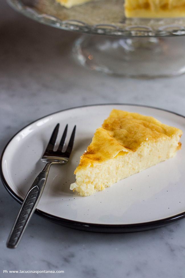 Fetta della torta di semolino dell'Artusi