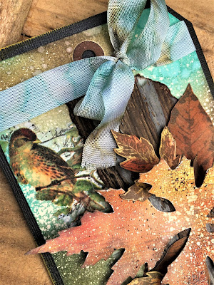 Sara Emily Barker Saturday Showcase Faux Bark and Leaf Tutorial for The Funkie Junkie Boutique #wendyvecchi #makeartblendabledyeink #timholtz #sizzixalterations #stampersanonymous 11