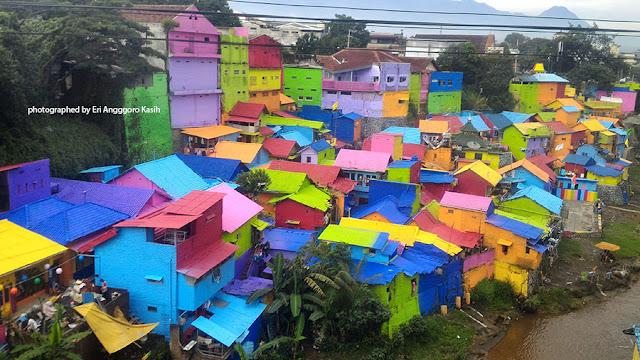 Foto Salah satu sudut Kampung Jodipan Kota Malang yang indah.