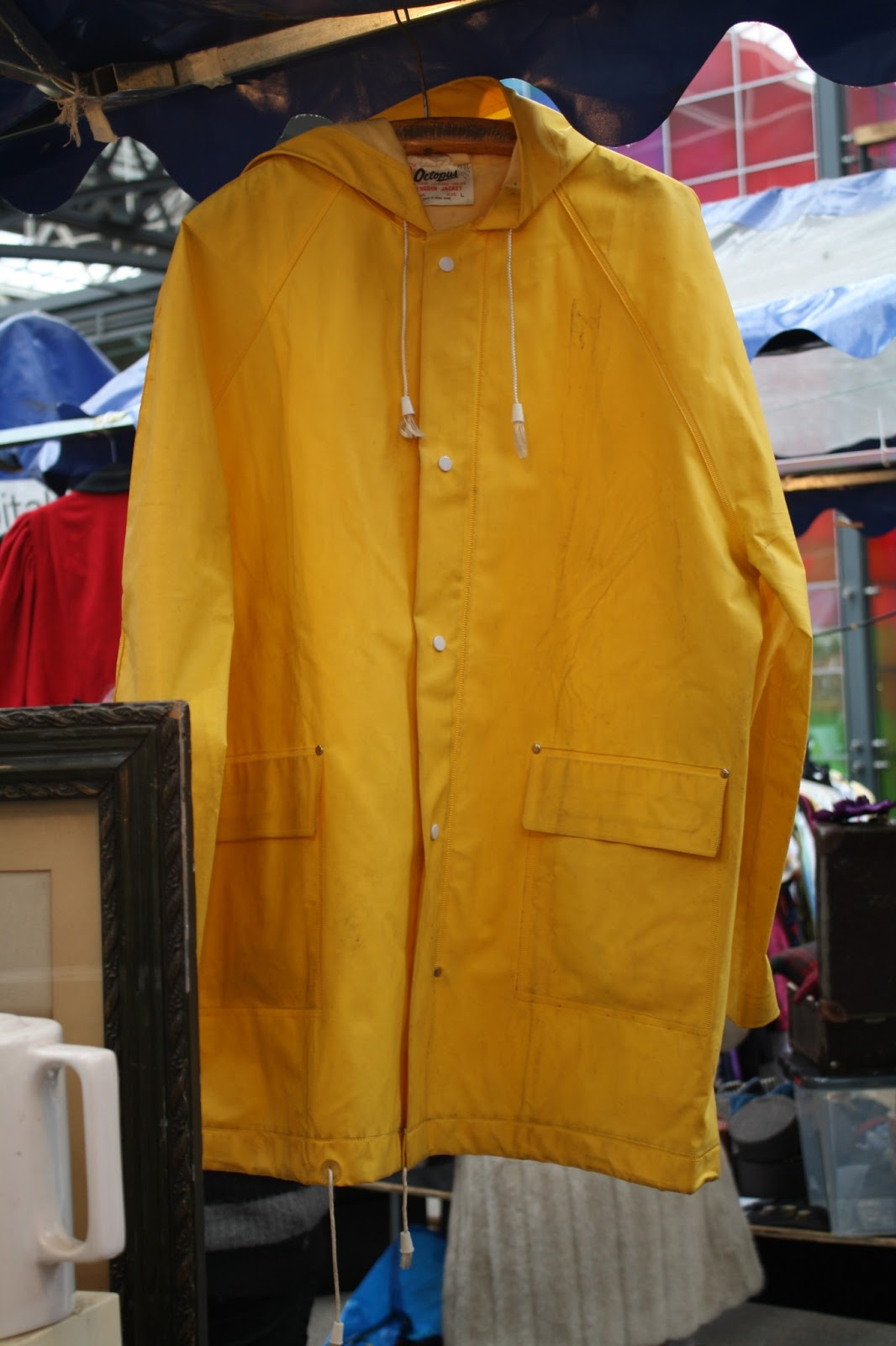 fancy full: HELLO YELLOW - Judy's Affordable Vintage Fair
