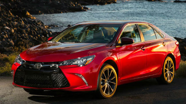 2017 Toyota Camry Msrp