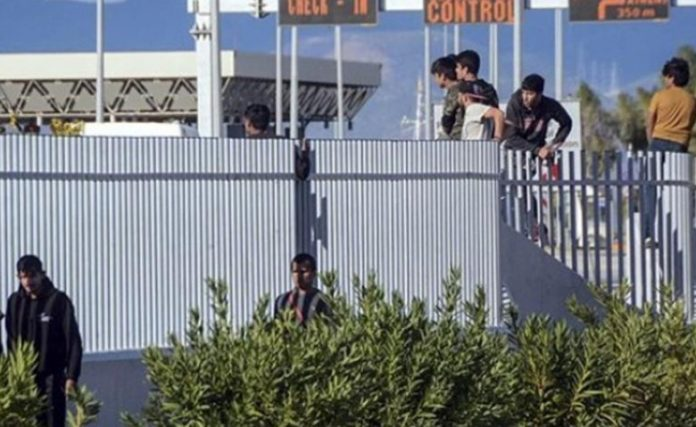 Πάτρα: Άγριες συμπλοκές λαθρομεταναστών – Ένας σοβαρά τραυματίας ( VIDEO)