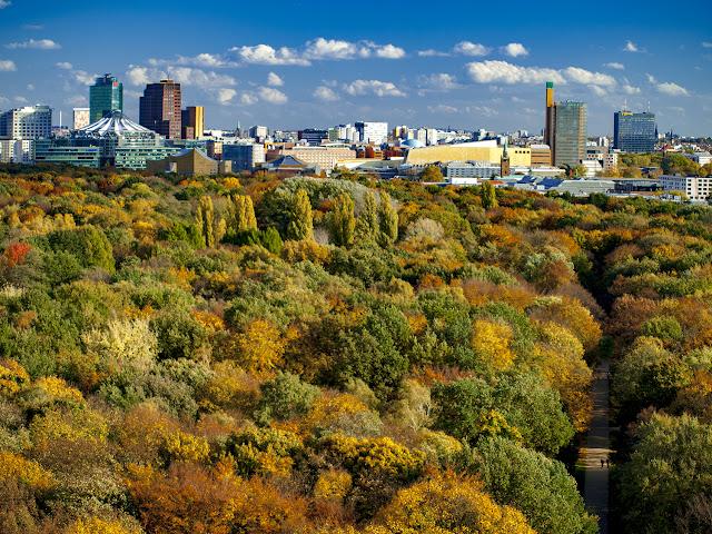 Otoño en Tiergarten vista  desde la Siegessäule - Berlin por El Guisante Verde Project