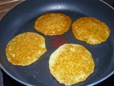 Przygotowywanie posiłków (w pracy opiekunki) - Zubereitung von Mahlzeiten