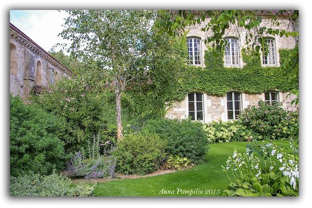 Borgogna, Montbard - Abbazia di Fontaney