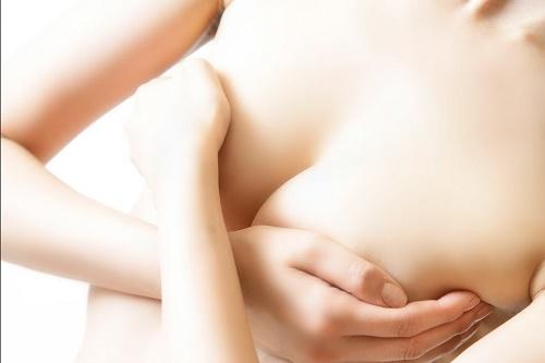 Phương pháp nâng ngực chảy xệ tự nhiên nhất