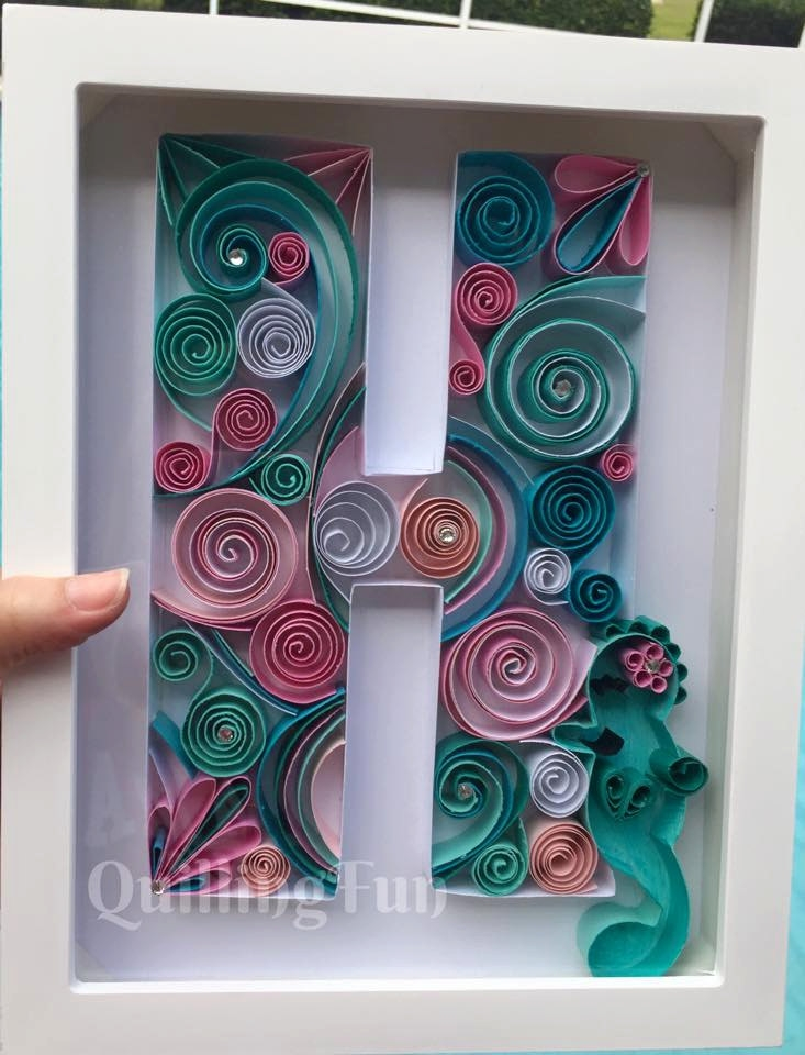 04-H-Jennifer-Stacey-Typography-with-Quilling-Drawings-www-designstack-co