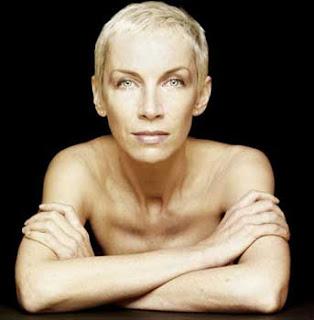 "Annie Lennox ""A whiter shade of pale"" lyrics | online"