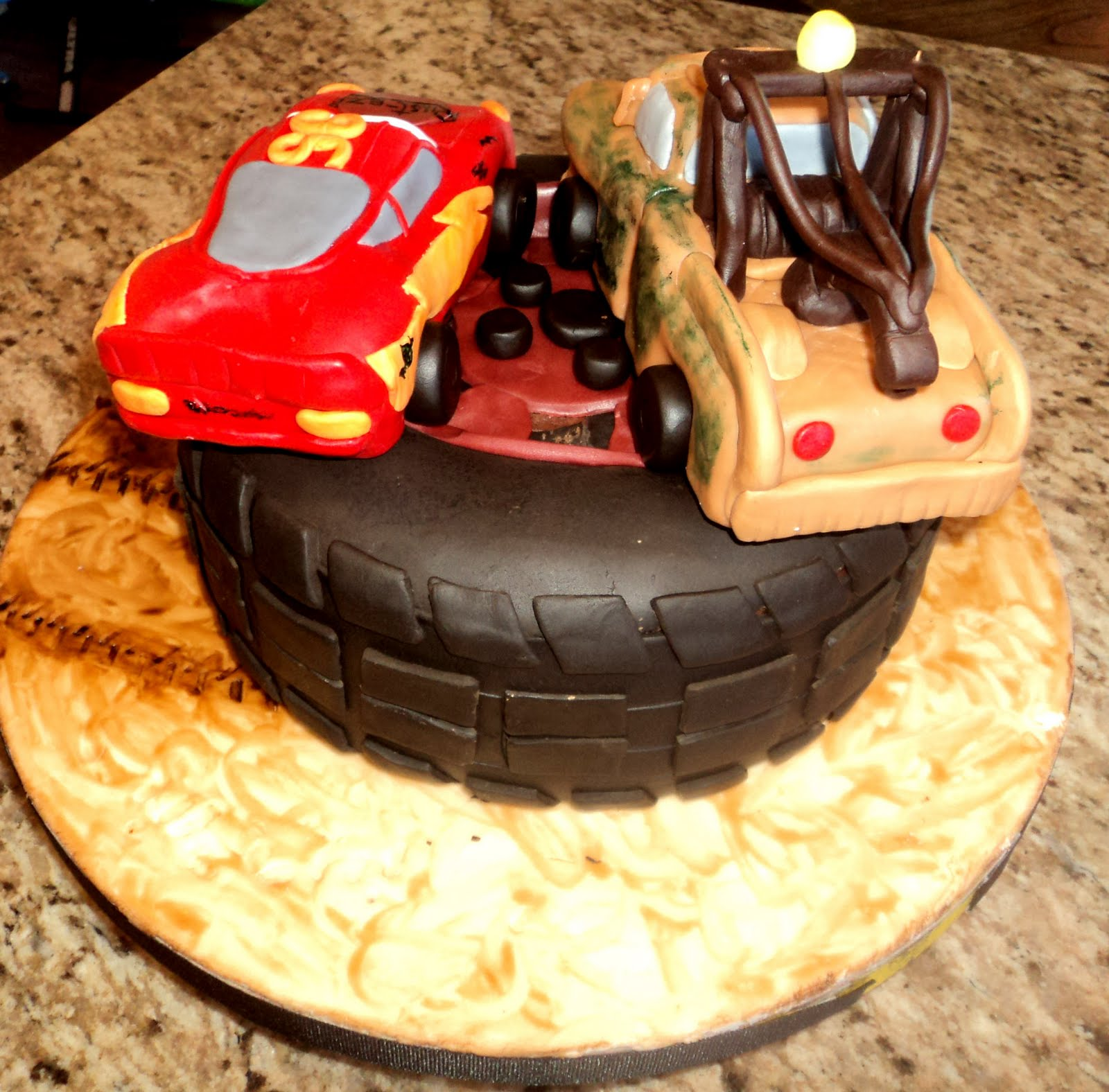 Delectable Cakes Cars Mater And Lightning Mcqueen
