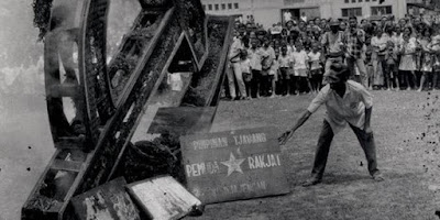 Permalink ke Wary of The Revival of the Communist