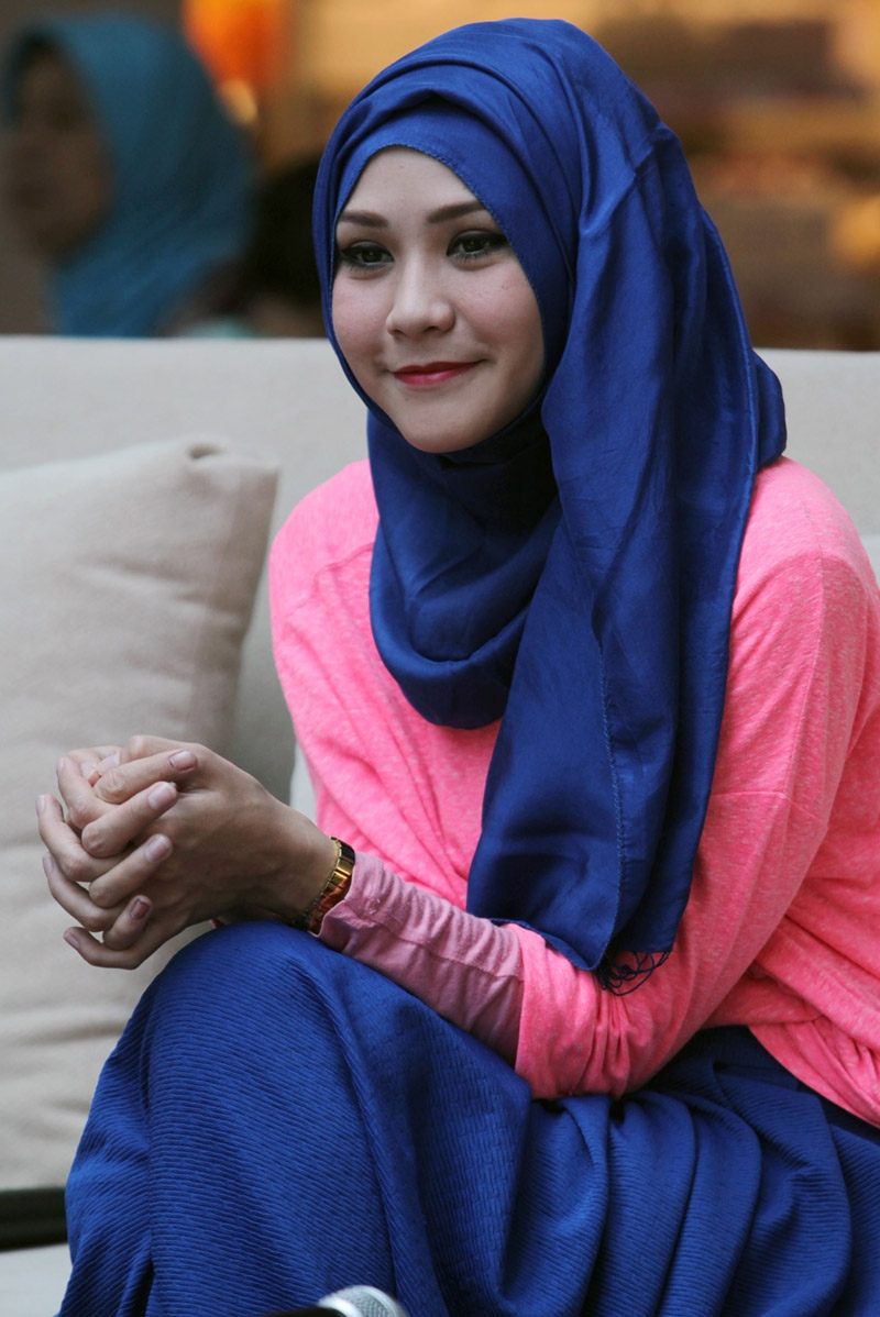Tutorial Hijab Pesta Ala Zaskia Mecca Tutorial Hijab Paling Dicari