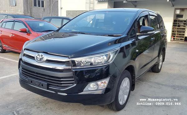 Những chiếc xe Innova 2016 đầu tiên đã ra mắt tại Việt Nam