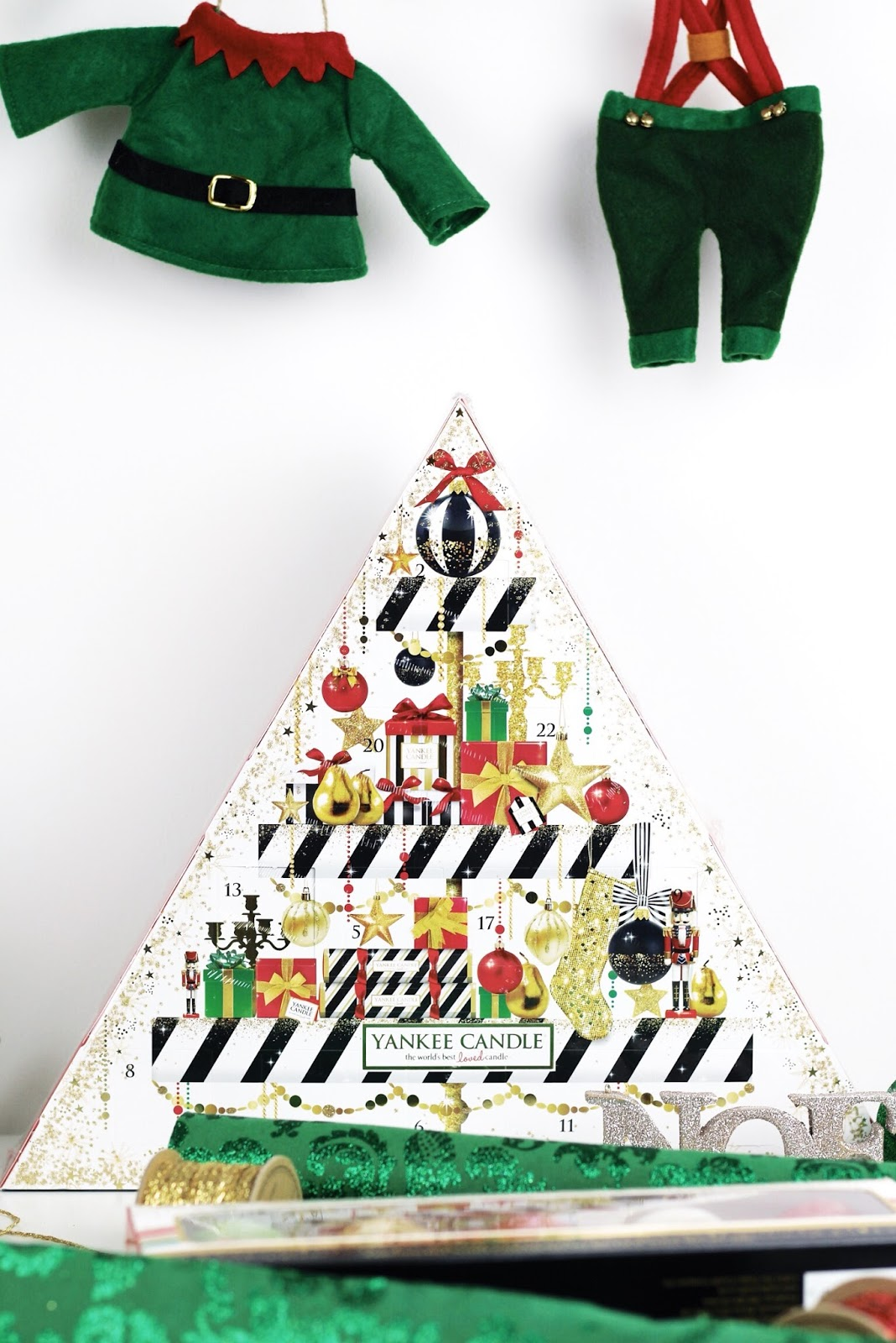 Yankee Candle 2016 Advent Calendar triangle