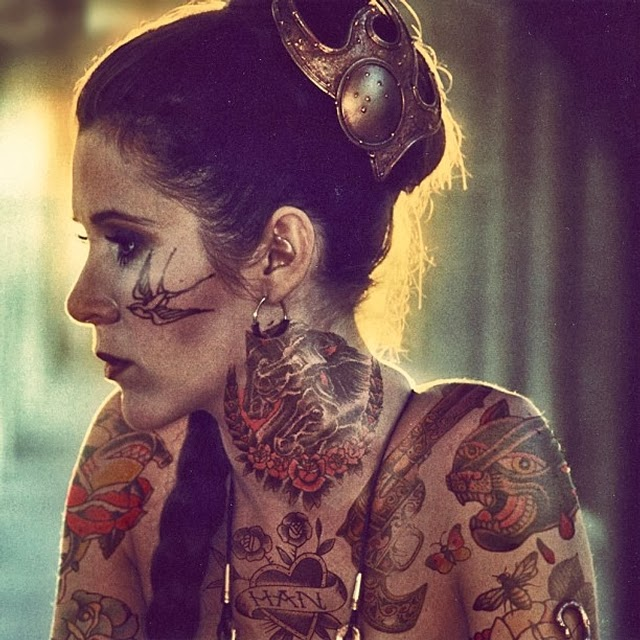 08-Carrie-Fisher-Princess-Leia-Cheyenne-Randall-Shopped-Tattoos-Tattooed-Celebrities-www-designstack-co