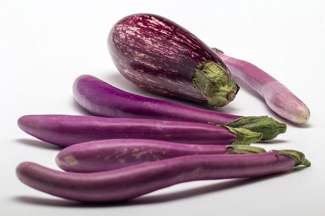 berenjenas violetas asiaticas