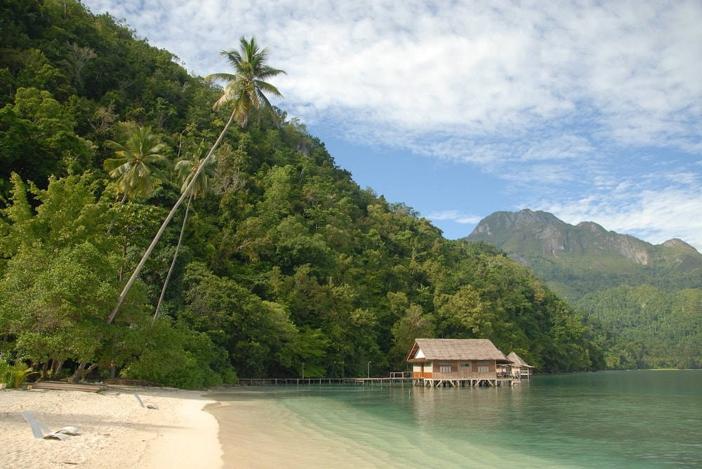 ORA BEACH RESORT SERAM ISLAND
