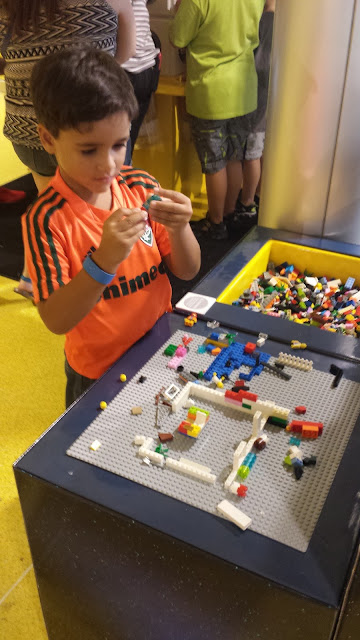 Lego Store Disney Springs