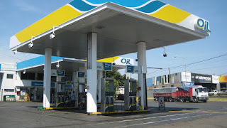 as estaciones de servicio expanden combustible de otras petroleras porque hay desabastecimiento de parte de la de Cristóbal López.