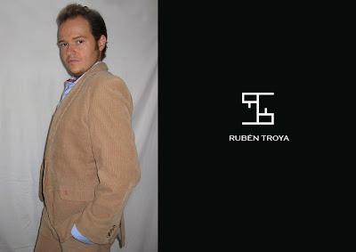 91bdb968a El hombre de Rubén Troya