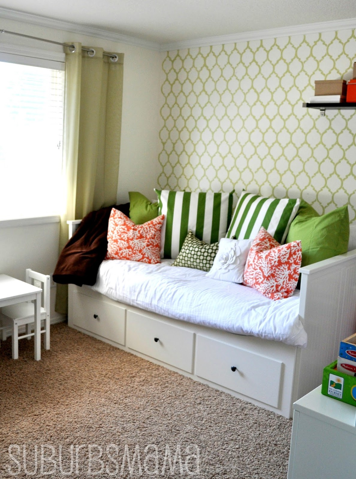 Charming Small Guest Room Office Play O