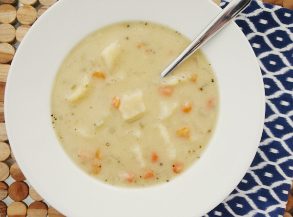 easy crockpot potato soup (gluten free)