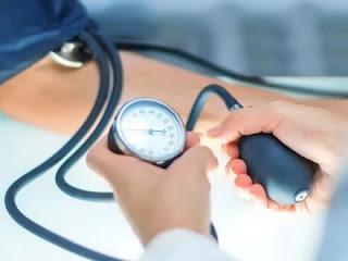 تعرف على العلاقة بين صحة الأسنان وارتفاع ضغط الدم