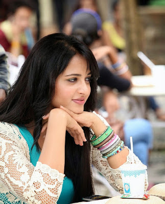 Anushka-Shetty-Sexy-HD-Wallpapers