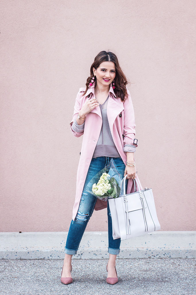 Pink Trenchcoat Monochrome Trend Blogger Outfit Melissa Nepton Mesh Sweater Taupe
