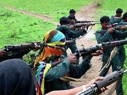 naxals-attacked-police-jawans-looted-weapons
