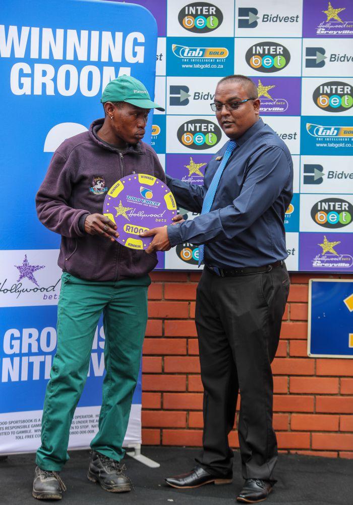 Grooms Initiative Winner - 26th December 2019 - Race 1 - S Jinga - ROUND THE HORN