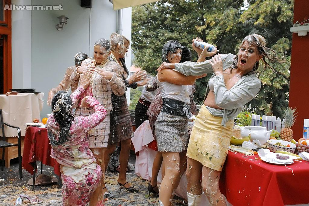 Food fight orgy