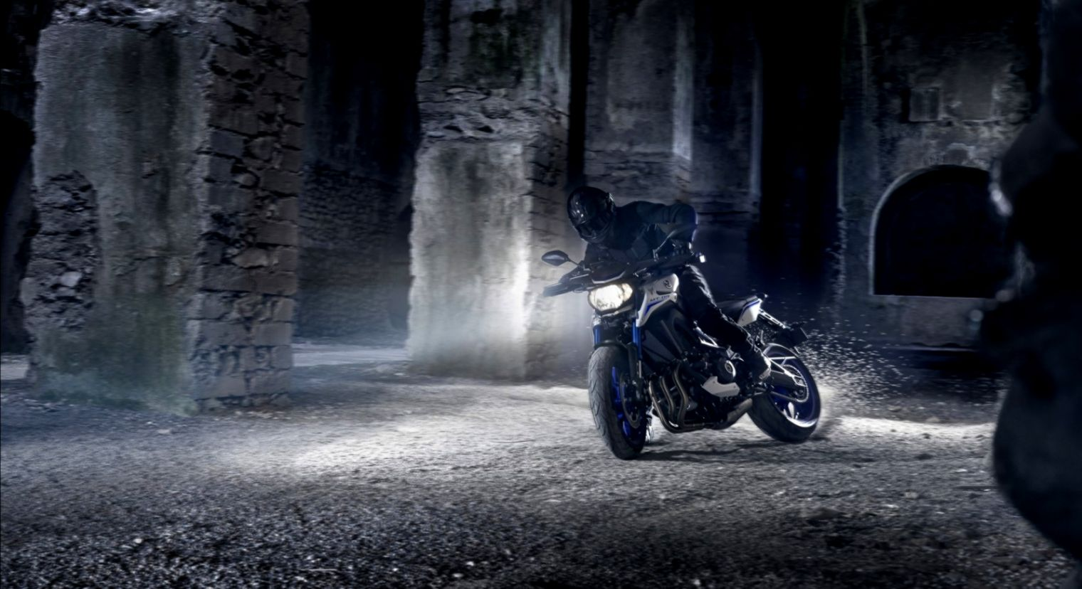 Yamaha Mt 09 Motorcycle Wallpaper Gandoss Wallpapers